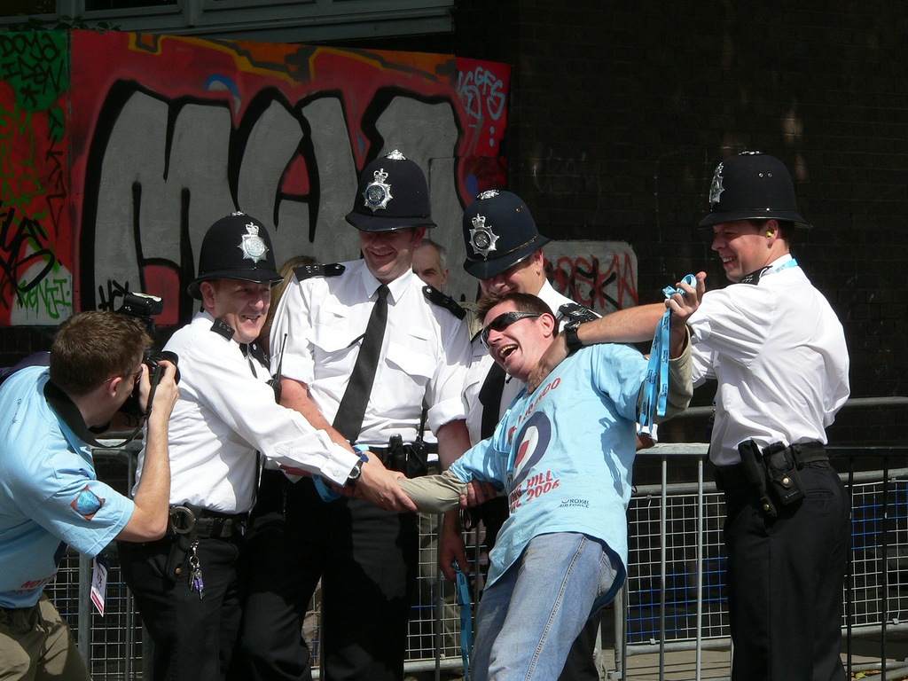 Notting-Hill-Karneval-Polizei.jpg